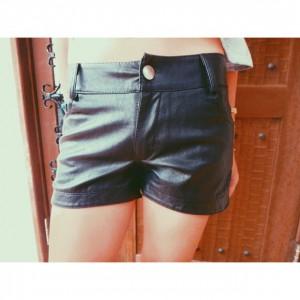 Leather Slit Short PT