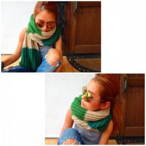 Rundom Border Knit Muffler